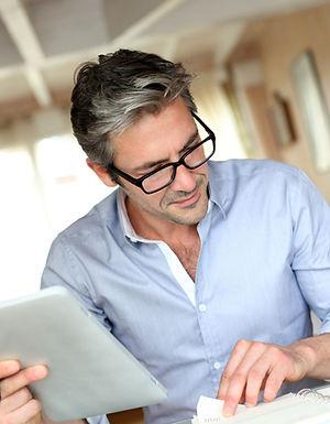 Handsome businessman with eyeglasses wor