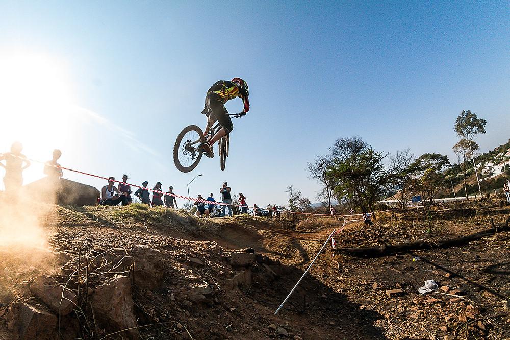 Massive Jump send riders flying, ©TerenceVrugtman