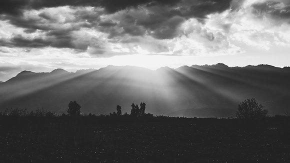 Srinagar Sunrise B&W