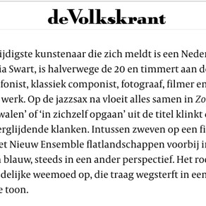 ★★★★☆ review NRC and Volkskrant