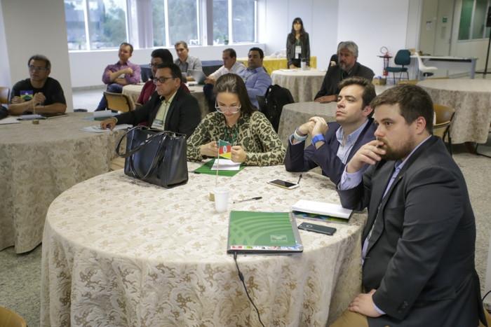 Representantes dos estados participam de capacitação.