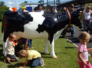 Kuh Melken.jpg