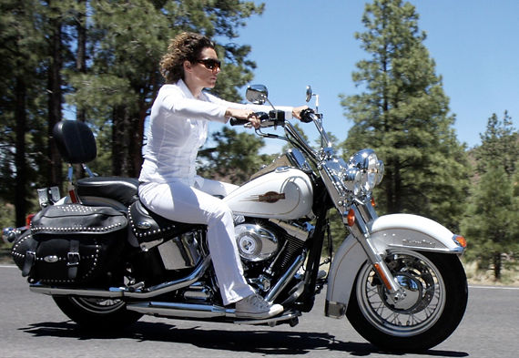 Anouk Pappers - Harley-Davidson - CoolBr