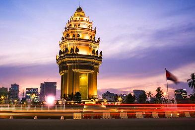 Phnom-Penh-Food-Tour-Independence-Monume