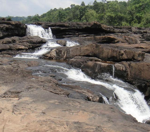 tatai-waterfalljpeg