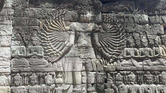 banteay-chhmar-temple.jpg