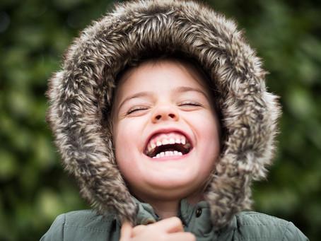Si al meu fill no li cauen les dents de llet, s'hauran de treure?