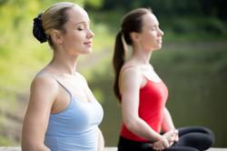 femmes_méditation_-_copie