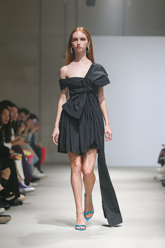 MING MA SS20 LOOK7