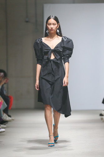 MING MA SS20 LOOK24