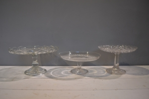 Clear Cut Cake Stands