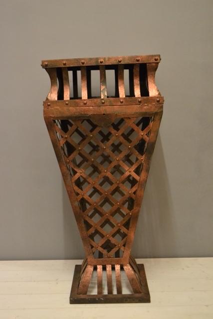 Pedestal Copper