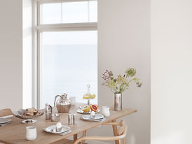 GJ_HOME_SS19_BERNADOTTE_TABLE.jpg