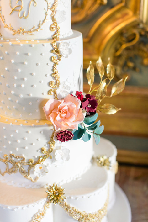 Cliveden House hotel – photography by Roberta Facchini Cake By Unique Cakes By Yevnig