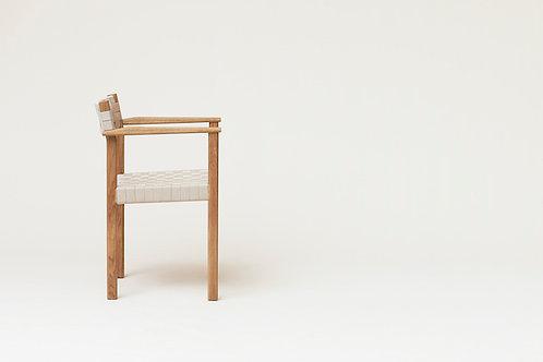 Form and Refine Motif Armchair - Oak