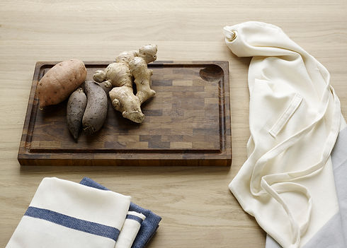 Skagerak chopping board - tea towels - food - blomster designs - uk stockists