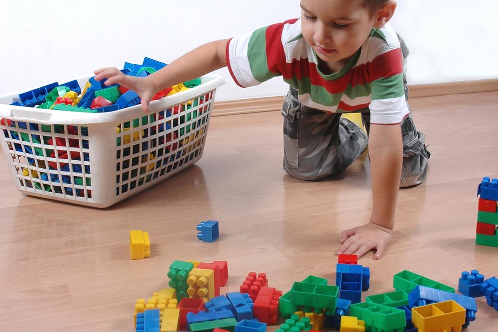 brinquedo material montessoriano