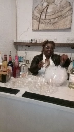 Mixologist in action