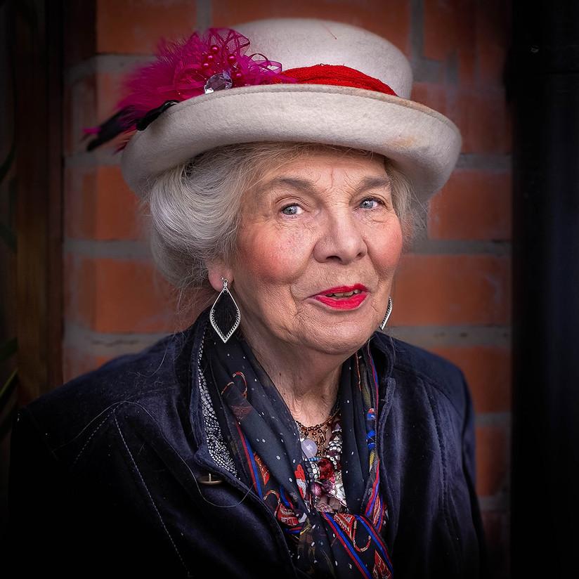 COLOUR - Fiona's Hat by Rosemary Hughes (9 marks)