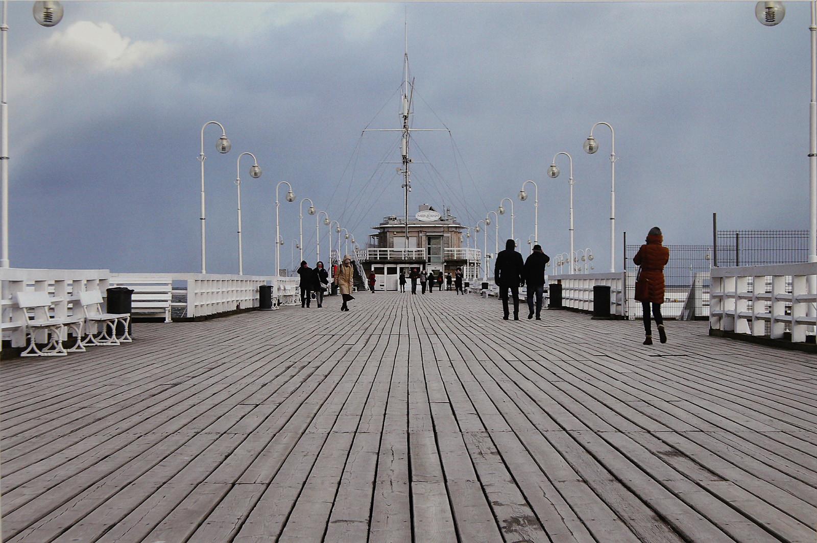 COLOUR - Pier, Sopot, Poland by Alec Barclay (8 marks)