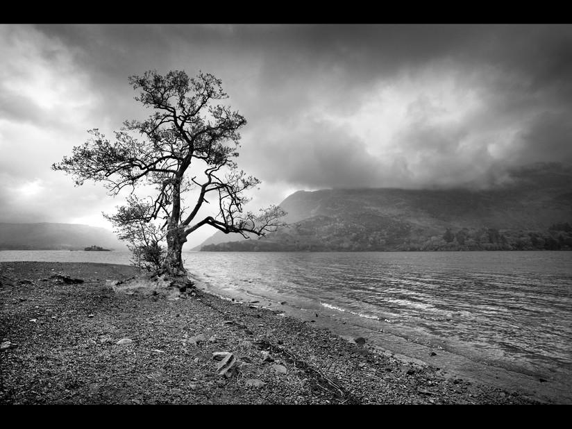 MONO - Lakeside by Dorothy Flint (15 marks)