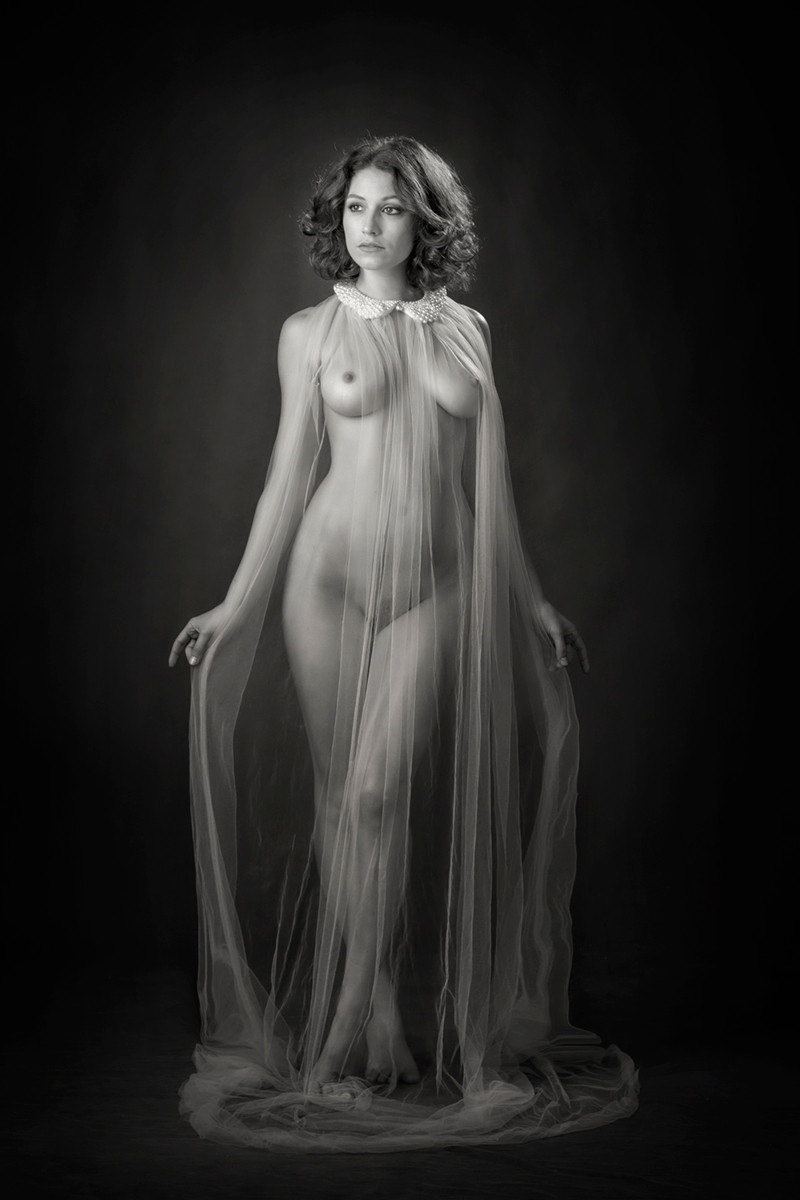MONO - Goddess by Aine Carbery (11 marks)