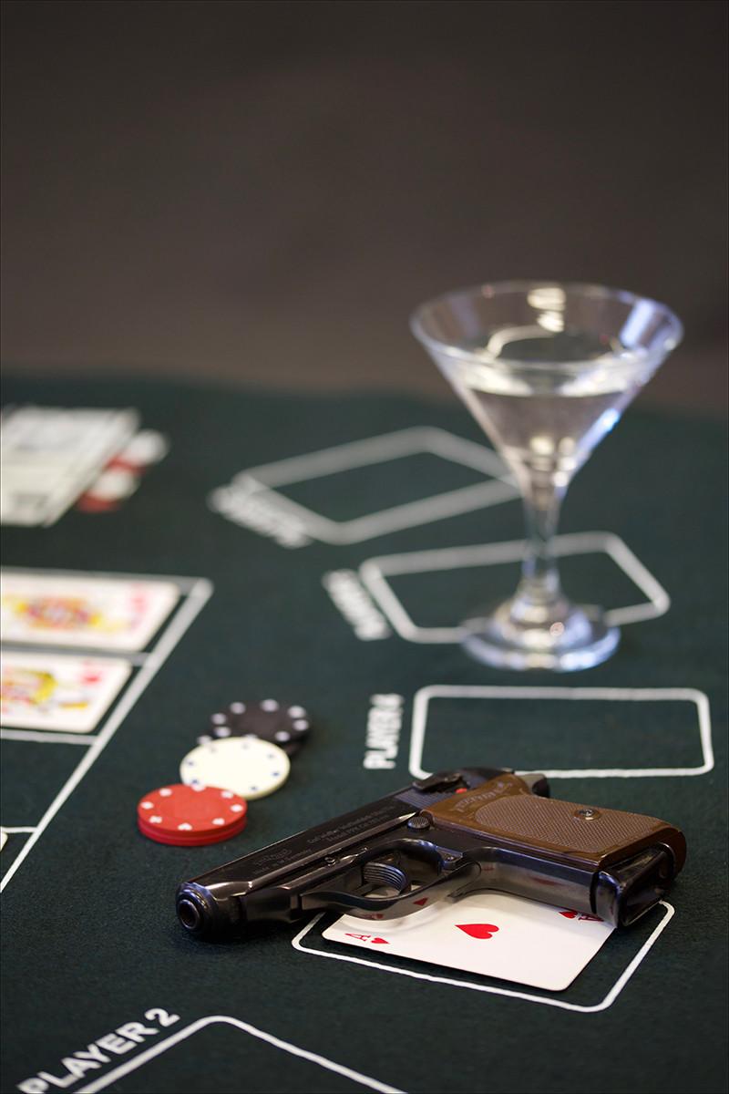 PDI - Casino Royale - Ian Fleming by Desi McPhillips (9 marks)