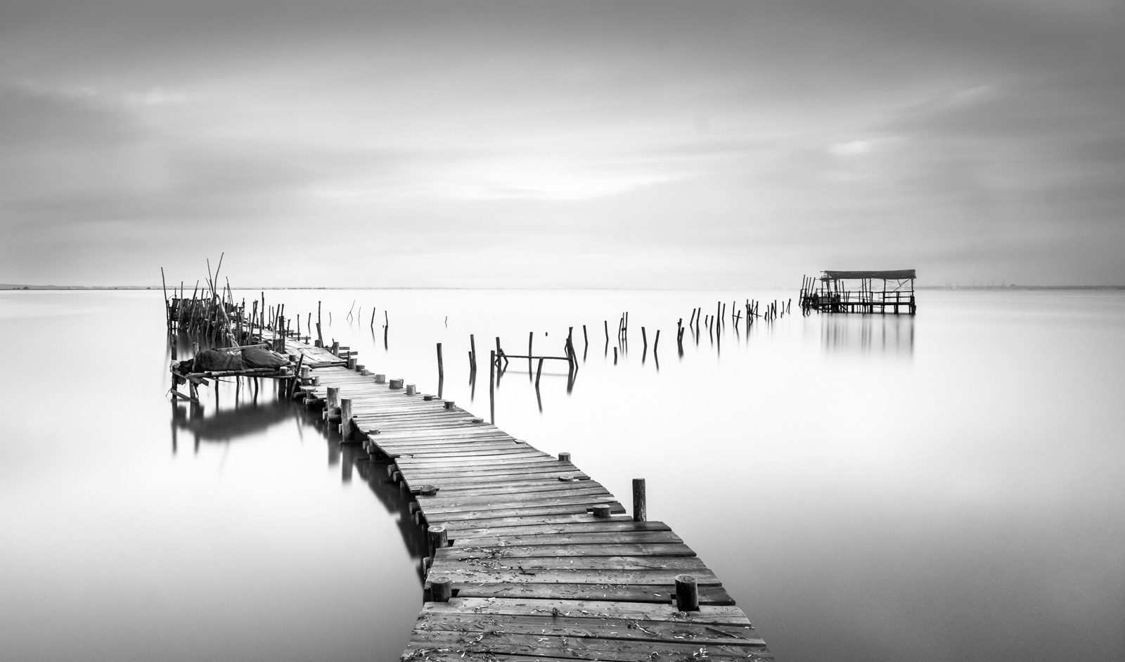 MONO - Carrasqueira by Hugh Rooney (18 marks)
