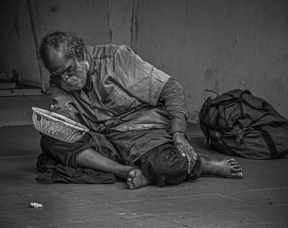 MONO - A hard life by Philip Chadwick (19 marks)