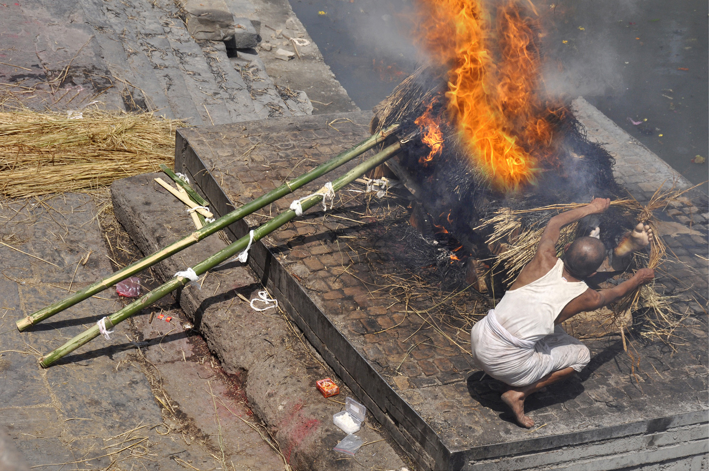 Last rites, Kathmandhu_