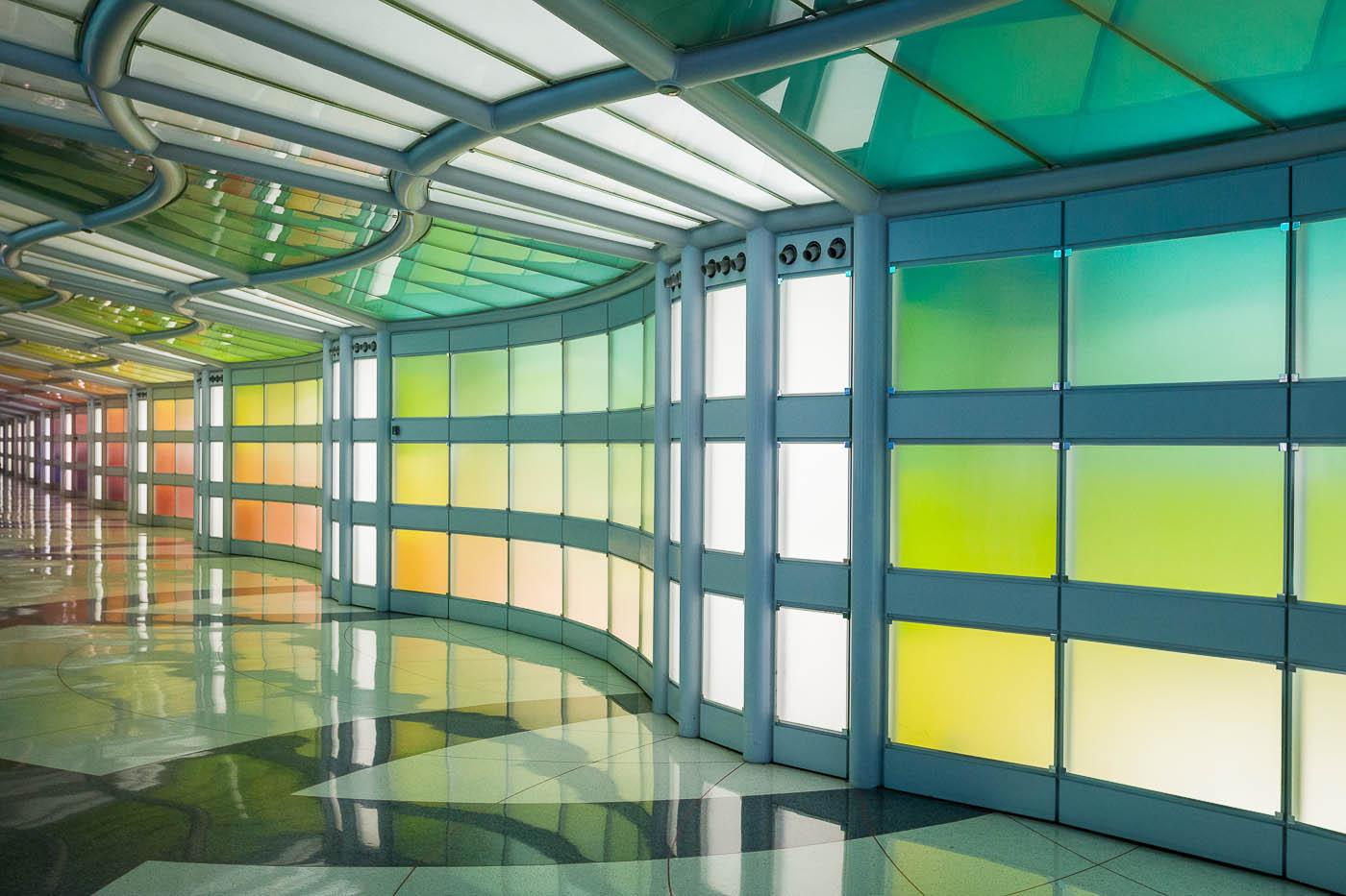 ILyons_Light Wall, O'Hare International Airport.JPG