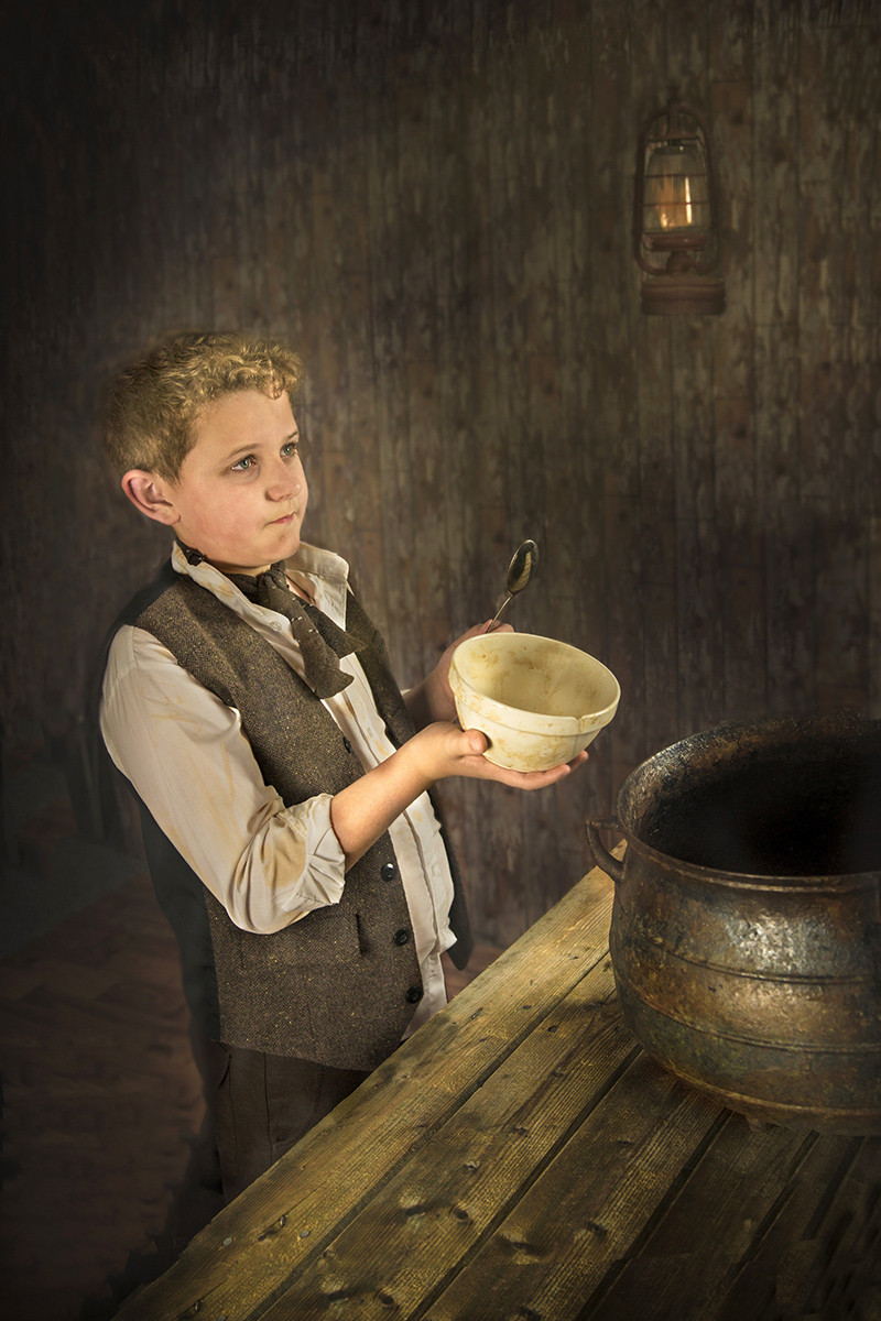 COLOUR - Oliver Twist - Charles Dickens by Mary Hill (12 marks)