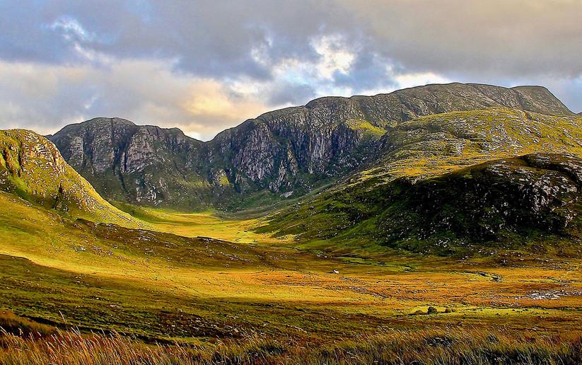 COLOUR - The Poison Glen by Desi McPhillips (8 marks)