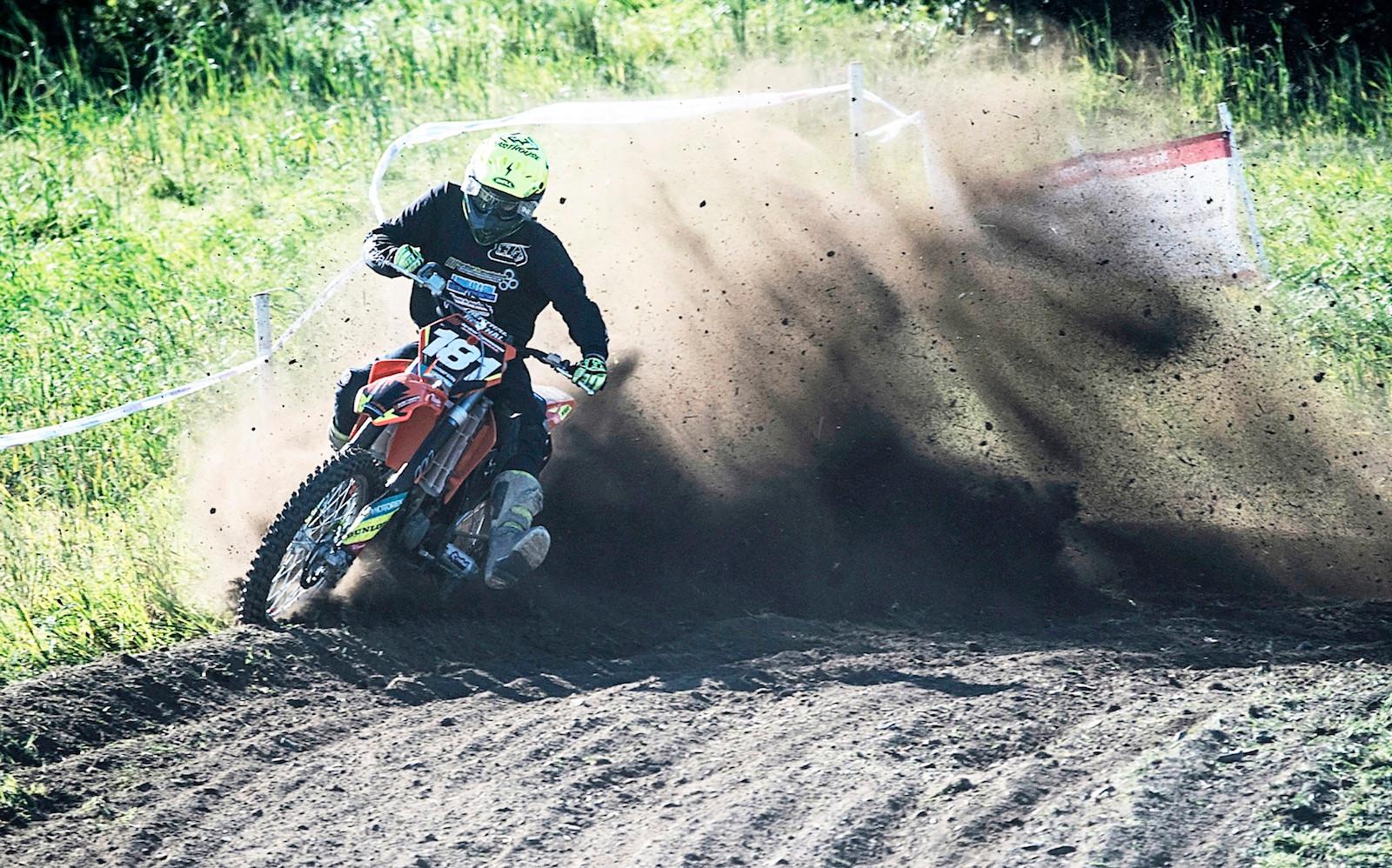 COLOUR - Motocross Dirt Biker by Ian Pearson (8 marks)
