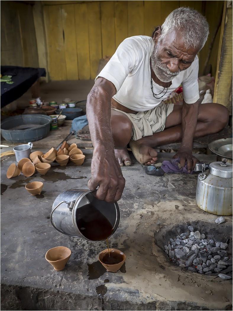 COLOUR - Chai Time by Ian O'Neill (19 marks)