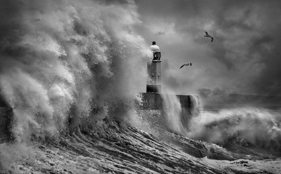 MONO - Stormy Weather by Libby Smith (15 marks)
