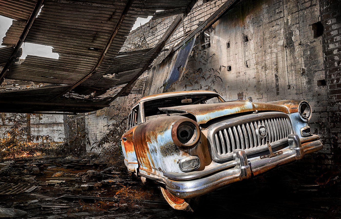 16_1314R3_030 B_Catch 3_Old car_Hugh Wilkinson.jpg