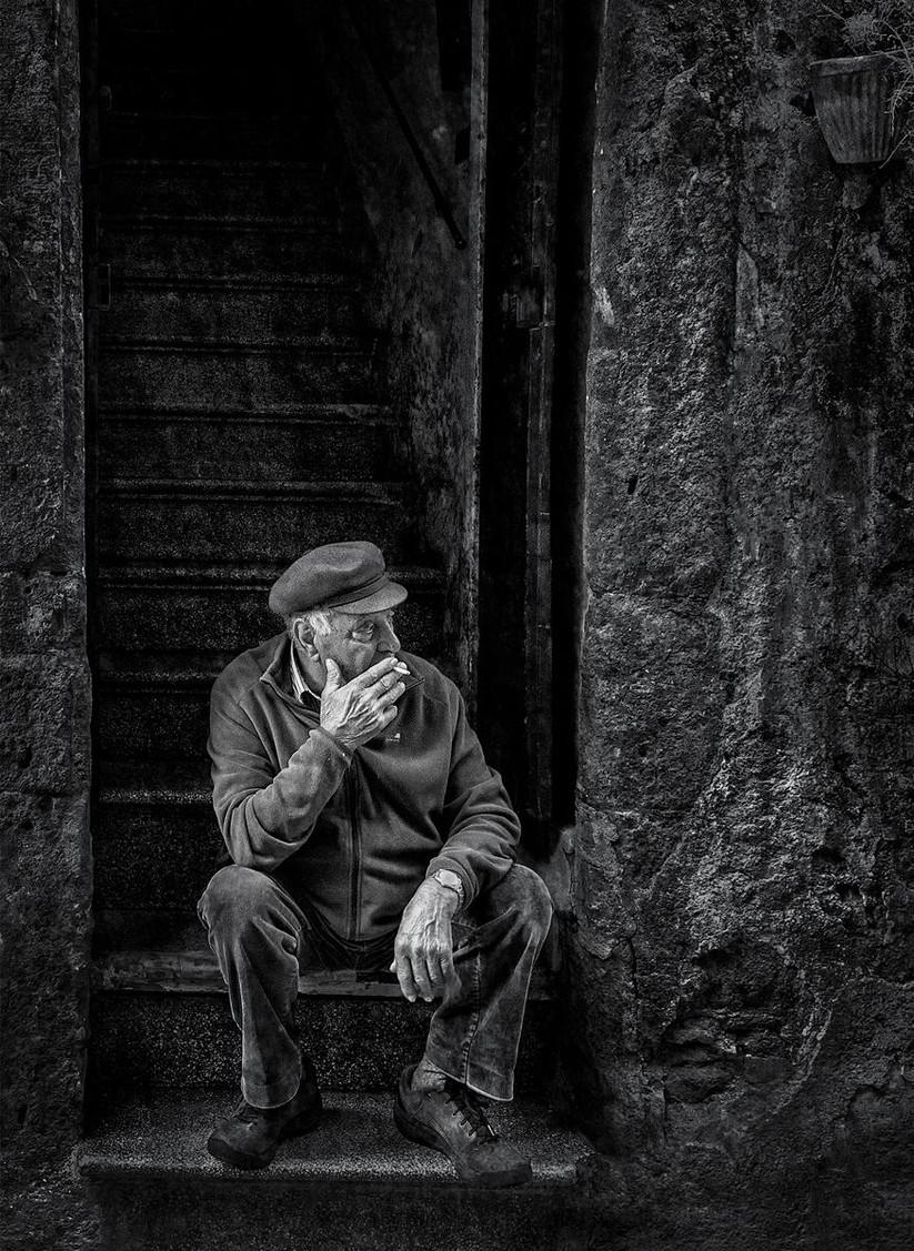 MONO - Cigarette Break by Pauline O'Flaherty (12 marks)