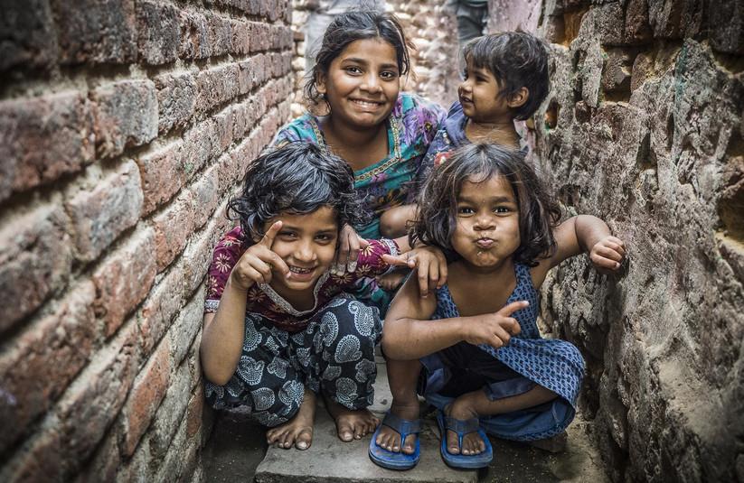 COLOUR - Back Street Kids, Delhi by Carl Senior (19 marks)