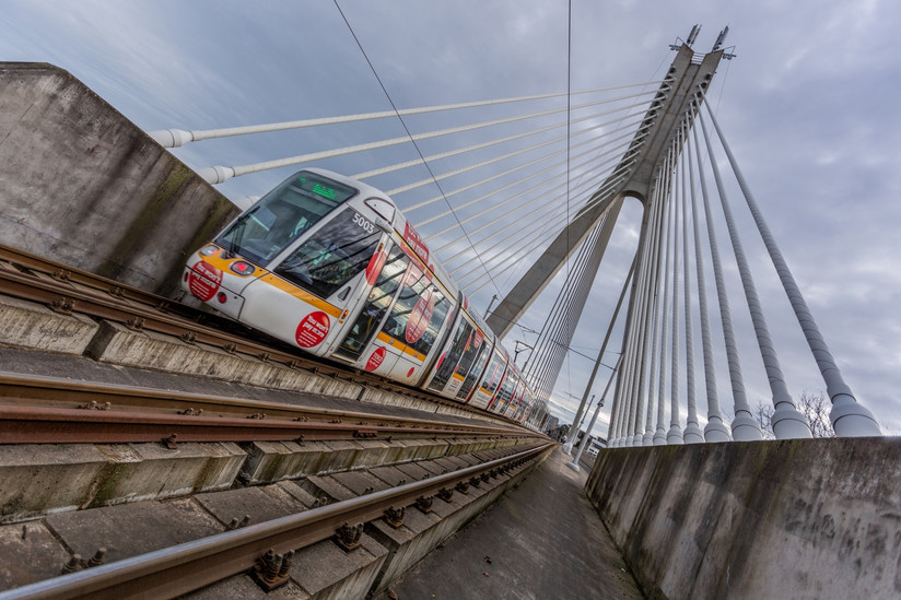 COLOUR - Dublin Luas by Darren Brown ( 13 marks) - Starred