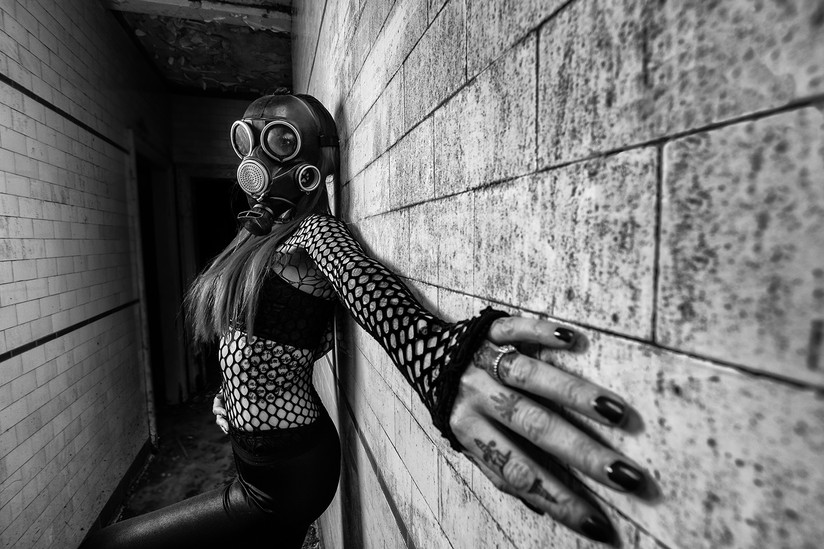 MONO - Toxic by Lee Galashan (11 marks)