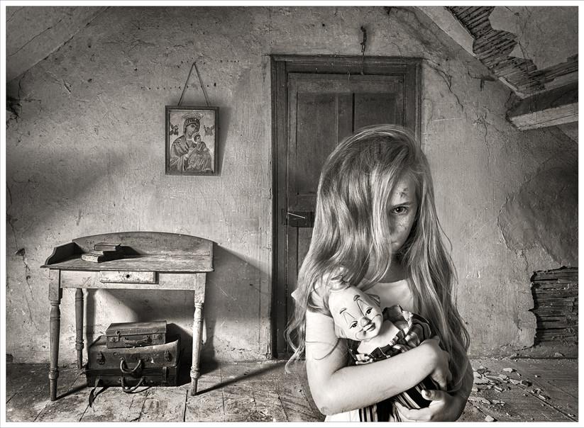 MONO - My Doll by Gabriel O'Shaughnessy (16 marks)