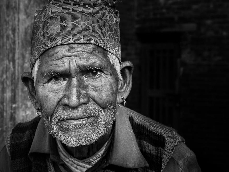 NIPA1617R2PDI-063_C_MNPC_2_Patan_Elder,_Kathmandu_Ian_Lyons.jpg