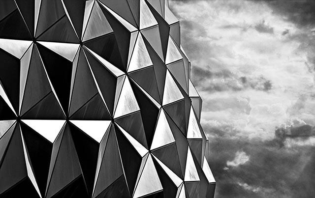 M15_R3_Disney_Triangles_byDean_Irvine_fs.jpg