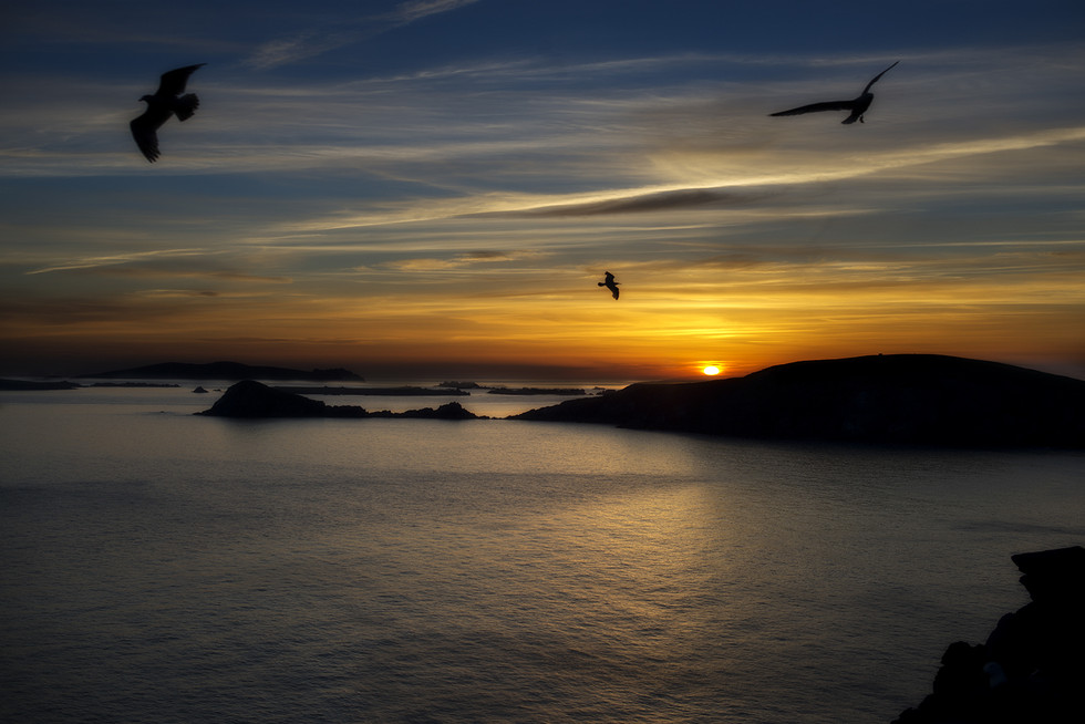 COLOUR - Dingle Sunset by Eileen McCausland (9 marks)