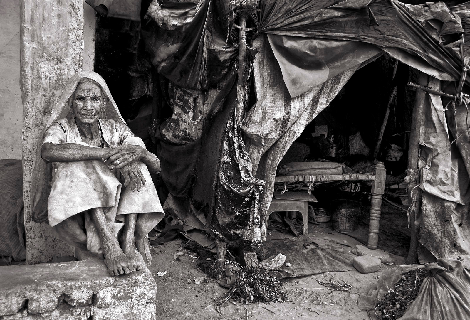 MONO - Old Woman's Home by John Butler (18 marks)