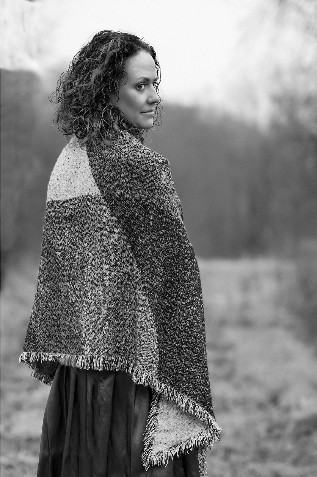 MONO - The Galway Shawl - Bridget Kealey by Dympna Heagney (10 marks)