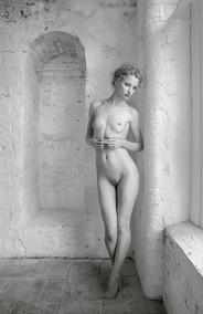 """The Mannikin"" by Hugh Wilkinson (20 marks)"