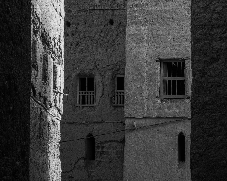 MONO - Windows by Julian Maitland (8 marks)