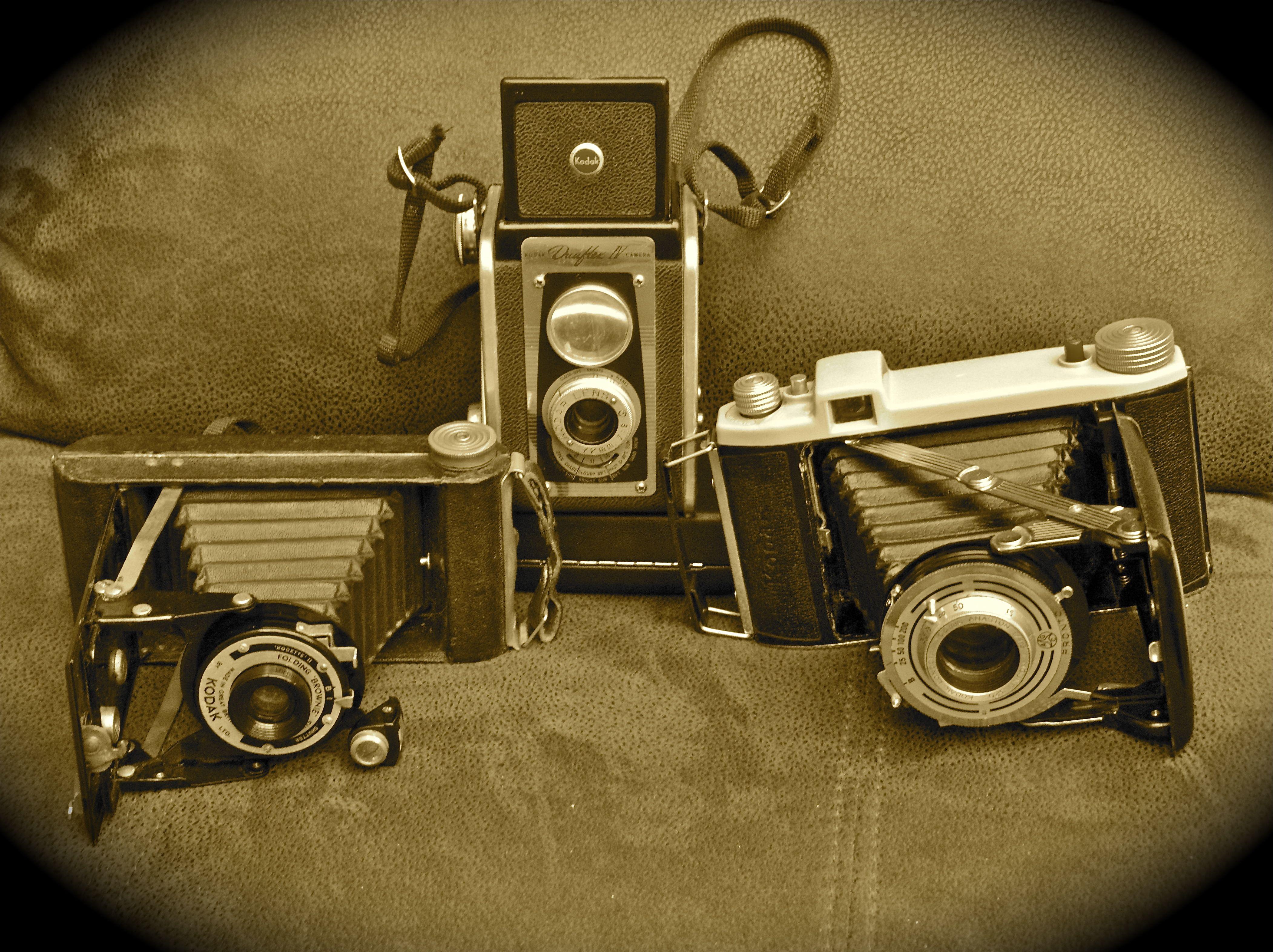 Old Cameras_BNDCC_2013_Bill Henning.jpg